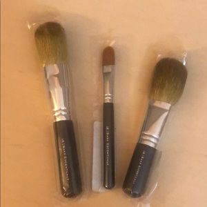 NWT Bare Escentuals makeup brushes.